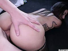Skinny girl gets picked up and fucked