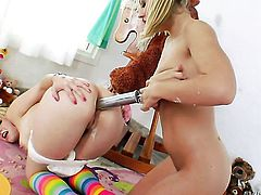 Proxy Paige and Chastity Lynn show their love for wet spot in lesbian action
