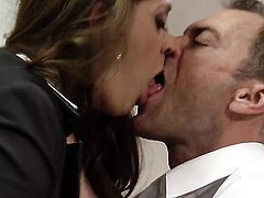 Hot babe has sex in office