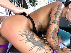 Bonnie Rotten takes Will Powerss cum loaded love wand in her hot mouth before she takes it in her ba