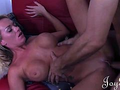 Paige Ashley is feeling lonely and is not ready to face her emotional fears. Her Ex is back with an apology and a hard cock. She can´t say no and lets her big round beautiful tits and her wet shaved pussy free to express themselves.