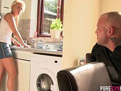 These boyfriend get along sometimes when it cums to banging each other in the kitchen. Carla Cox sucks squirts on her boyfriend and embraces his warm load on her cute naughty face.