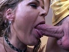 Blonde MILF Leigh gets Anal
