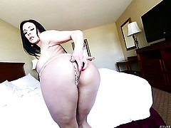 Kendra Lust shows her love for love wand sucking in blowjob action with horny dude