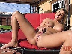 Blonde Kennedy Leigh strokes her love box like it aint no thing