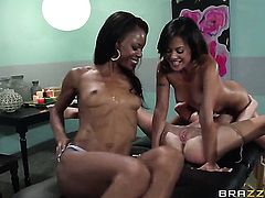 Lesbian threesome massage with Kaylani Lei