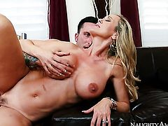 Blonde Ike Diezel with big ass and hairless beaver keeps her mouth wide open while taking cum facial