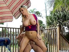 Blonde Diamond Foxxx with round butt satisfies her sexual needs and desires with dudes rod in her mouth