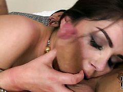 Valentina Nappi with juicy jugs and shaved bush gets her nice face painted with sticky nectar