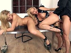 Brooklyn Lee and a hot milf share his dick