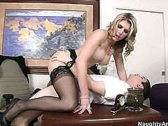 Blonde slut J Pipes shows her fuckable ass to lucky fellow before he bangs her