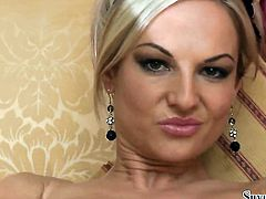 Blonde Silvia Saint does her best to give herself as much pleasure as she can
