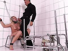 With shaved cunt gets her lovely face covered in jizz after sex with horny dude