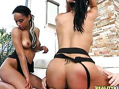 Piercings Bethany Benz gets a mouthful of pole in blowjob action with hot bang buddy