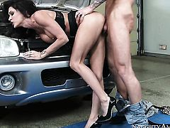 Brunette oriental Richie Black gets her pretty face cum covered on camera for your viewing enjoyment