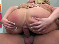 Slutty secretary sits on the desk for a hardcore fuck