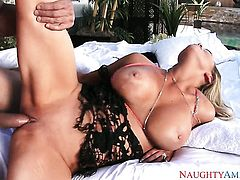 Blonde exotic with giant jugs and smooth twat gets cum glazed in crazy cumshot scene