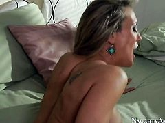 Blonde Jessy Jones with round booty and smooth snatch has some time to get some pleasure with dudes erect man meat in her love tunnel