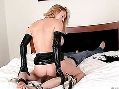 Blonde hottie is ready to fuck from dusk till dawn with hot man
