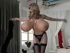 vintage dance boobs