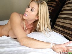Alexis is totally able to get off, it's just that none of her lovers ever really knew, how to do it. Elsa knows and she starts out with some whipping and spanking, before she fingers her moist hole. She gets a strap on and tells Alexis to start sucking, making her even wetter.