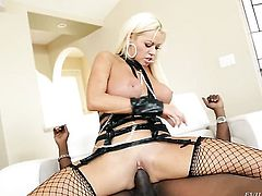Inexperienced porn diva Lexington Steele getting slam fucked good and hard by horny dude in interracial porn action
