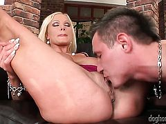 Blonde Alex Granger and her horny fuck buddy are in the mood for oral sex