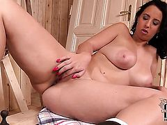 With massive hooters and bald bush satisfies her sexual needs alone in solo scene