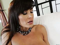 Lisa Ann is so wet and so horny that fucks like a sex crazed animal