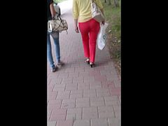 Milfs big ass in red pants