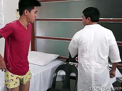 When kinky Asian Dr. Vahn sees cute gay twink Jayrald on his medical exam table, hes overwhelmed with lust for the boy. He tells the sexy young man to strip naked. Then Vahn checks him out thoroughly, before getting to work on an anal examination. After an ass cleansing, he grabs a long dildo for some deep anal probing.