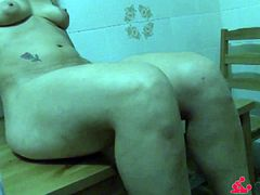 Scambisti Maturi - Solo show with squirting mature Italian