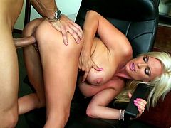 Bleach blonde milf office slut fucked passionately