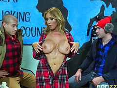 Two horny guys get full entertainment, as this hot blonde provocative bitch not only exposes her stunning boobs, but also gets on knees to taste their cocks. Click to watch naughty Kianna sucking dick and getting dirty!