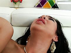 Francesca Le finds booty fucking painful loves it with Mark Wood so much after deep throat job