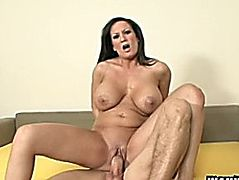 mother I'd like to fuck Stephanie Wylde Demands Younger Sex