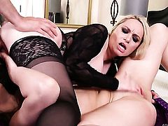 Aiden Starr puts Tommy Pistols fuck stick in her mouth and sucks repeatedly
