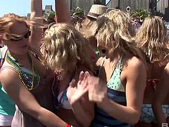 Oversexed chicks in bikini go wild at the beach party