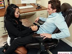 Don't miss out on this hot sex in the workplace. She had a crush on her boss for a long time and now, she will take the plunge, and suck him off at his desk. She gets eaten out and loves it so much, that she will cum soon.