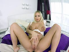 hot big natural breast pregnant babe masturbating for the first virtual reality porn video