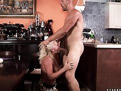 Blonde is good on her way to make hard dicked dude explode in hardcore action