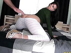 Tattooed Paige Turnah is on fire in solo action