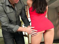 Brunette Janelle James with bubbly butt and trimmed pussy loves getting her pretty face drenched in cum