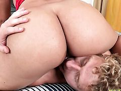 Aria Salazar with big bottom and hairless bush just loves to suck and cant say No to her horny fuck buddy Michael Vegas