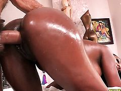 Ramon Nomar gets pleasure from fucking Layton Benton in her hot mouth