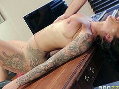 She wants a raise and thinks, that the best way to get it would to be to fuck her boss. She went into his office and stripped naked, to show off her beautiful curves. This beauty took his cock deep in her throat.