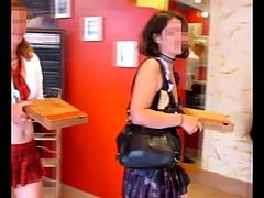 Miss Flashing et les pizza - 4