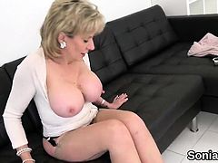 Cheating british mature lady sonia exposes her massive tits7