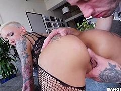 Bella Bellz Fucked In The Ass