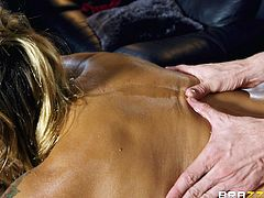 He didn't expect this to happen, when he went to massage school. He didn't think he would get a blowjob as a reward for giving such a stellar massage. His hands earned him a blowjob from a beautiful babe with sexy lips.